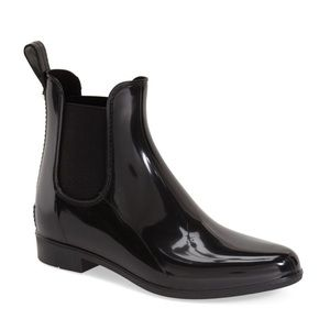 New report black rating booties size 9